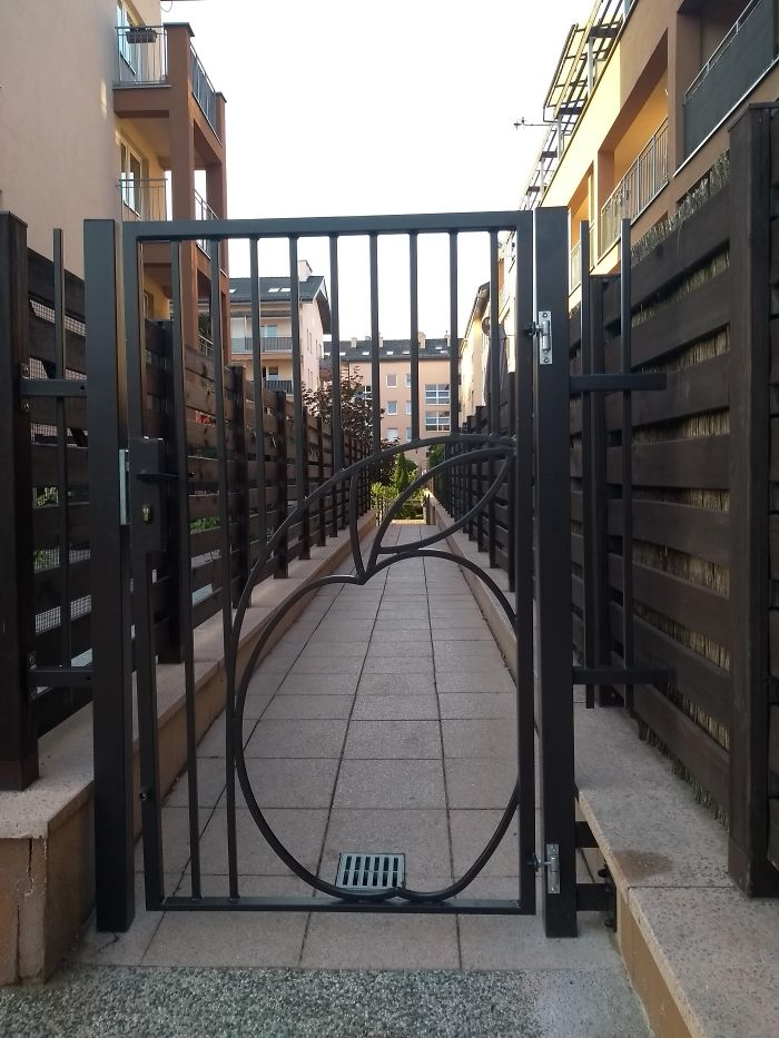 This Gate