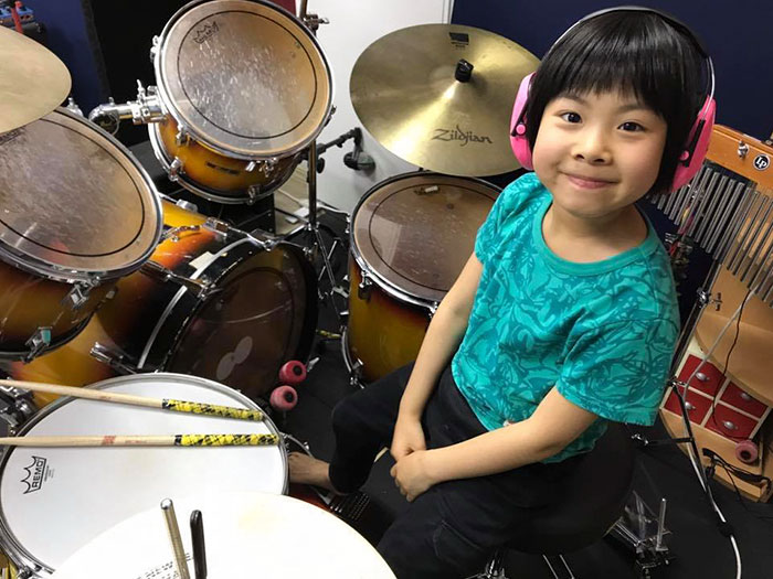 Internet Is Cheering For This 8-year-old Japanese Girl Who