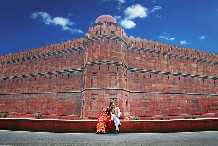 Chinese Couple Came To India For His Pre-Wed Shoot