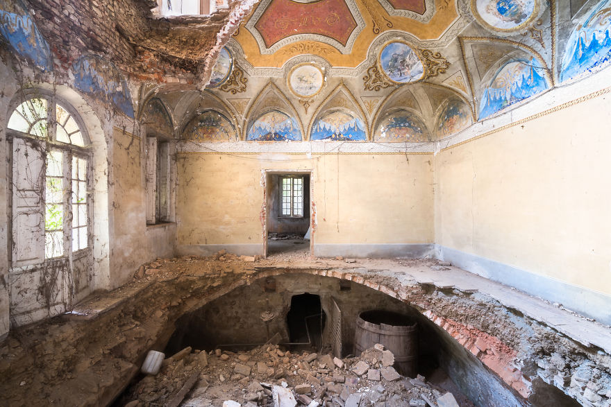Beautiful Painting On The Ceiling Of This Abandoned Villa