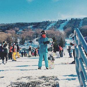 SnowboardLover