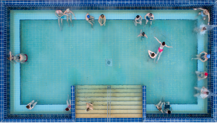 I Display The Iconic, 100-Year-Old Gellért Thermal Baths Through Startling Pairs Of Pictures