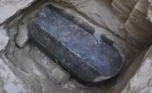 ¿Recordáis ese sarcófago que llevaba 2000 años sin abrirse? Pues acaban de hacerlo