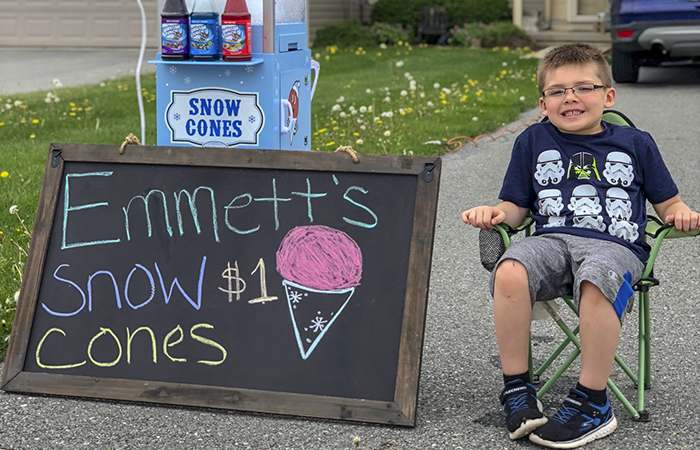 Dad Tries To Teach His 6-Year-Old Son A Lesson About Money, Doesn't Expect Him To Start A Successful Business