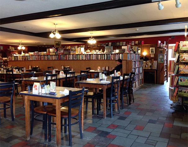 free-books-traveler-restaurant-connecticut (4)