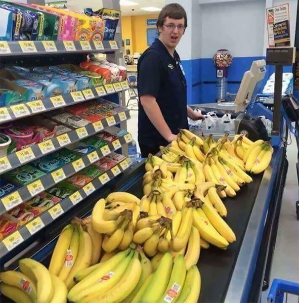 Cashiers Reaction When I Buy 100 Bananas