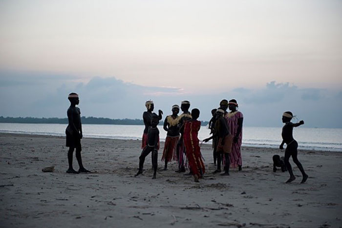 isolated-jarawa-tribe-survival-in-the-modern-world-4