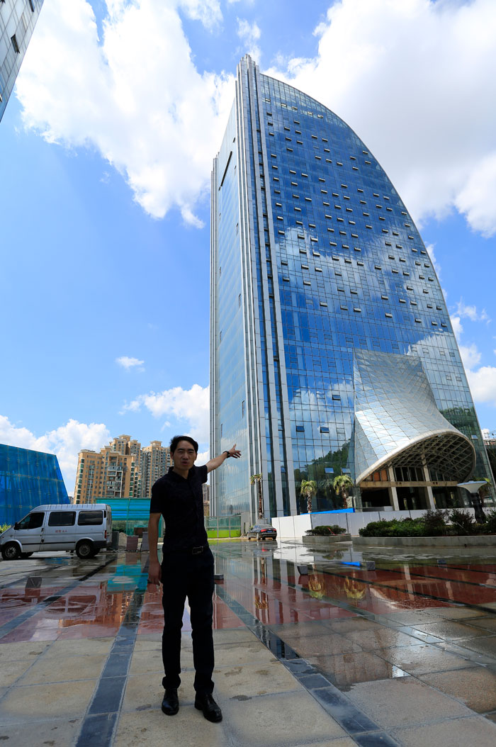 massive-artificial-waterfall-skyscraper-china-guiyang-29