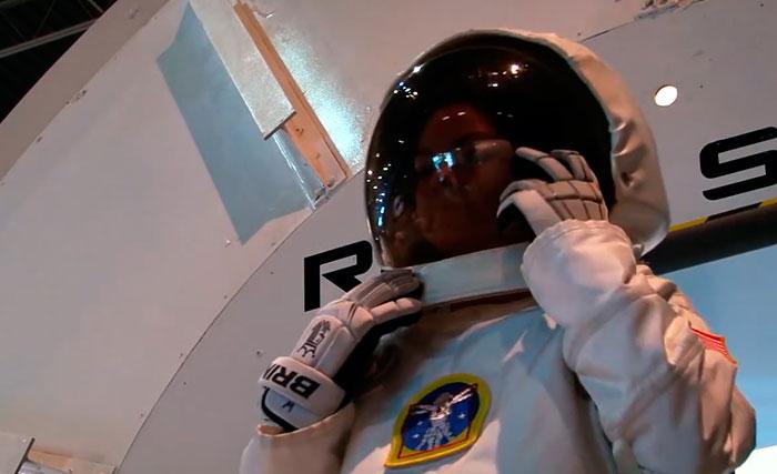อลิซซา คาร์สัน Alyssa Carson สาว 17 บาตันรูจ รัฐลุยเซียนา สหรัฐอเมริกา องค์การบริหารการบินและอวกาศแห่งชาติสหรัฐ NASA นาซ่า คัดเลือก ฝึกหัดเป็น นักบินอวกาศ