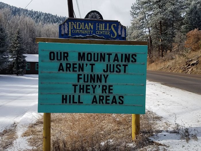 Indian Hills Sign