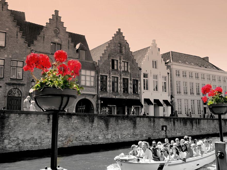 Bruges, Brussels