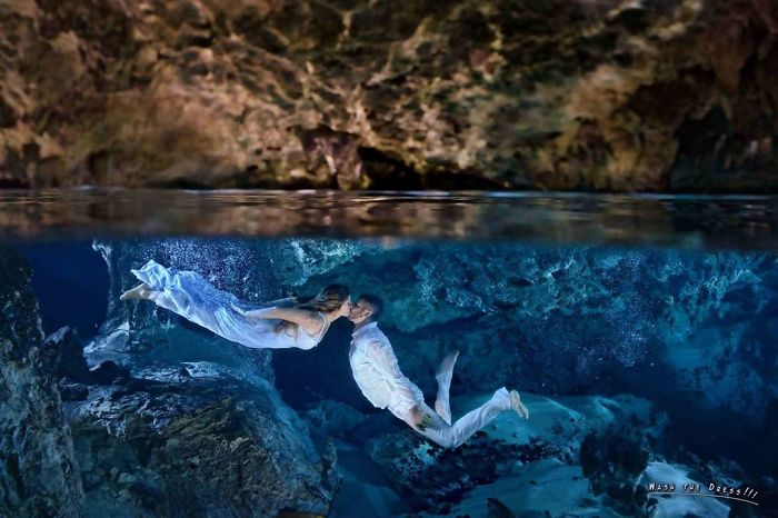 I Capture Love Underwater – Artistic Portraits