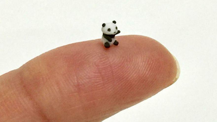 Japanese Artist Kakuho Fujii Creates Tiniest Animal Sculptures