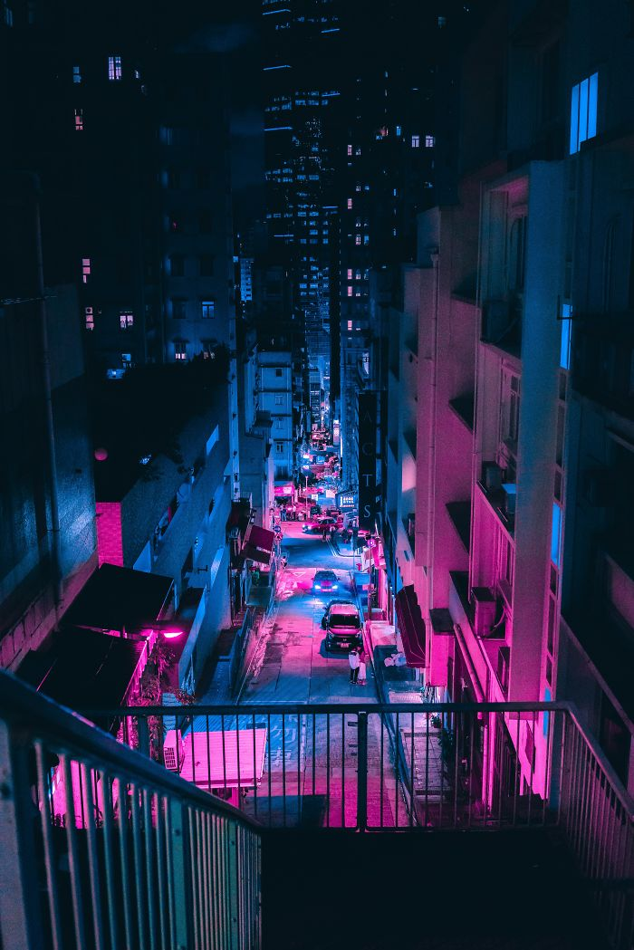 20+ Photos From Neon Hunting In A Cyberpunk City Tour