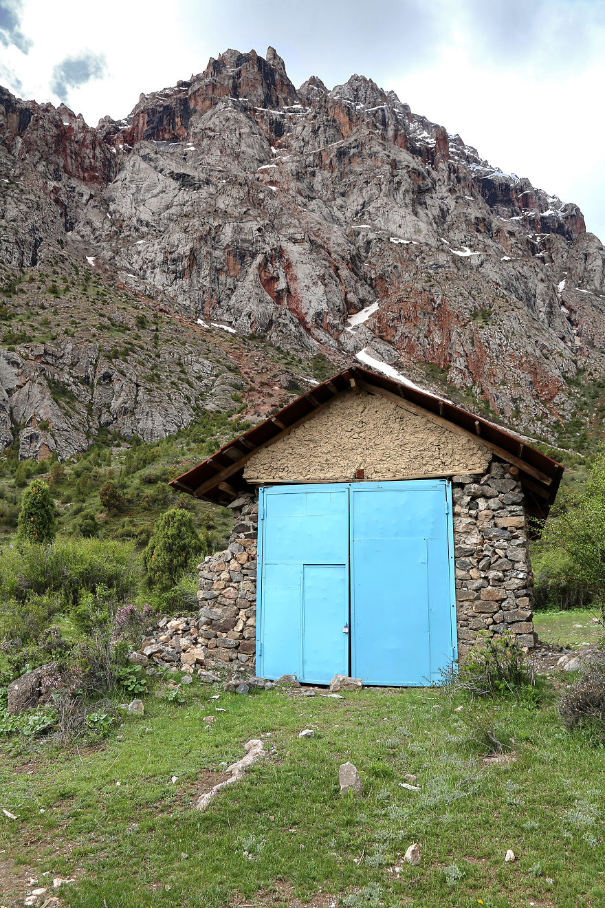 The Village Of Saritag, Tajikistan, Is Accessible By Bike Or Car After Long Hours Through The Mountains And Breathtaking Scenery