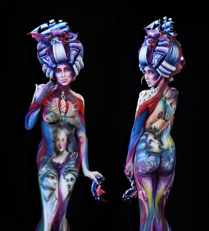 Artist: Kristina Komarowa