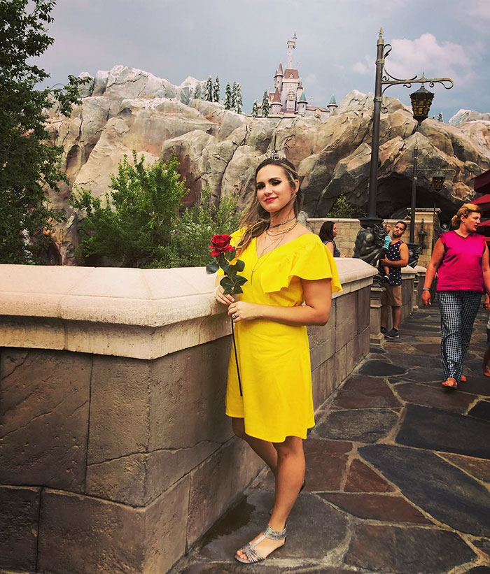 Disney world offers to turn grown women into princesses and not meet kristen mae who decided to get the makeover and turned herself into belle from the disneys classic beauty and the beast solutioingenieria Gallery