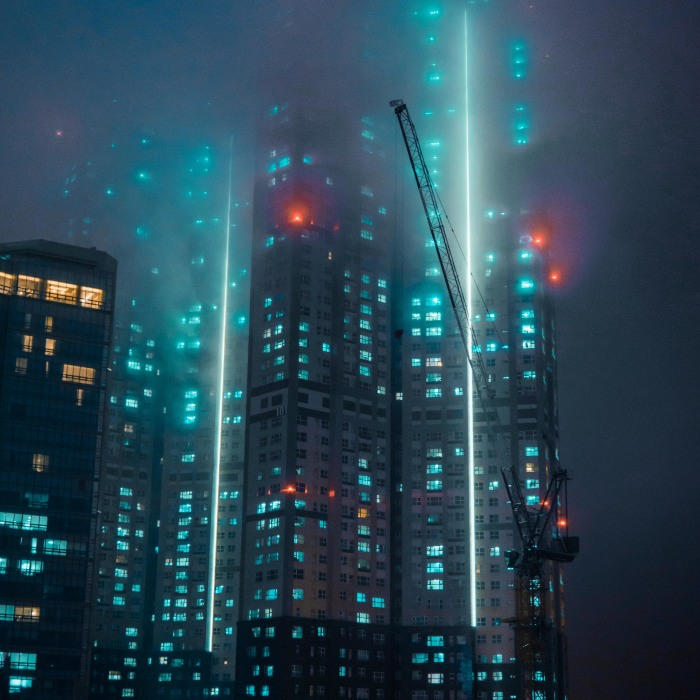 14 Images From The Time Fog Made My City Look Like A Blade Runner Movie Set