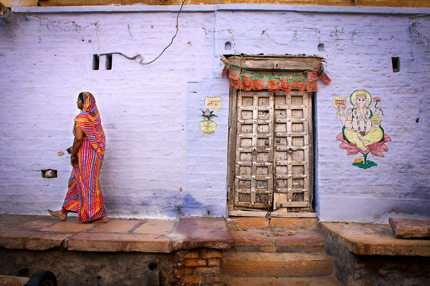 Traditional House In The Jaisalmer Fort, India. The Fortress Of Jaisalmer Is A Real Labyrinth