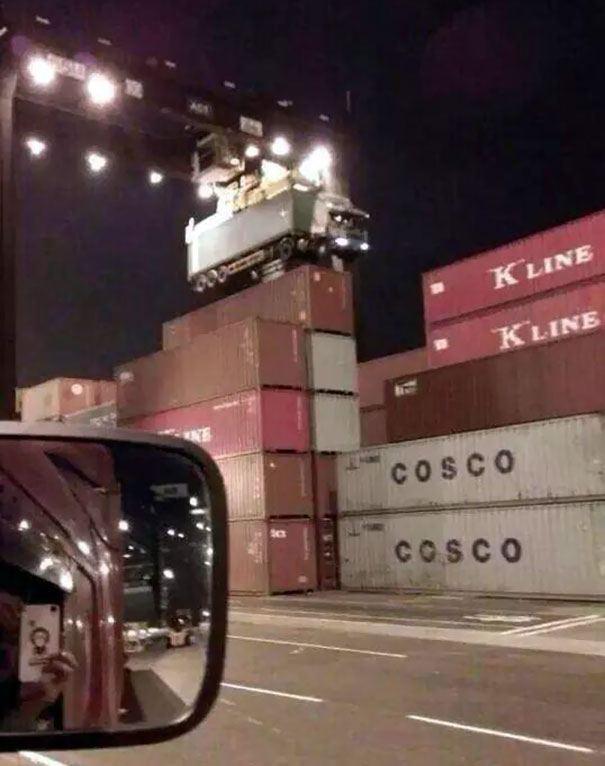 Truck Driver Forgot To Uncouple The Container On His Trailer In The Rotterdam Harbor Last Night