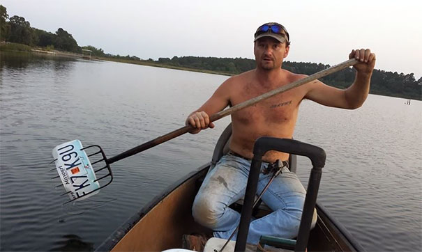 Cousin Went Fishing, Her Boyfriend Forgot The Paddle, A Little Hillbilly Engineering