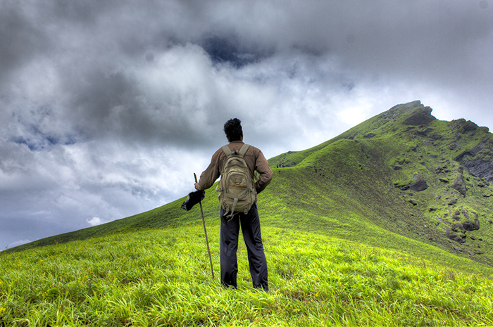 How To Keep Safe While Hiking