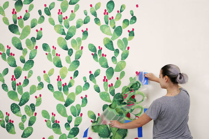 We Turned A Boring Wall Into An Instagrammable Cactus Paradise Using A Stencil
