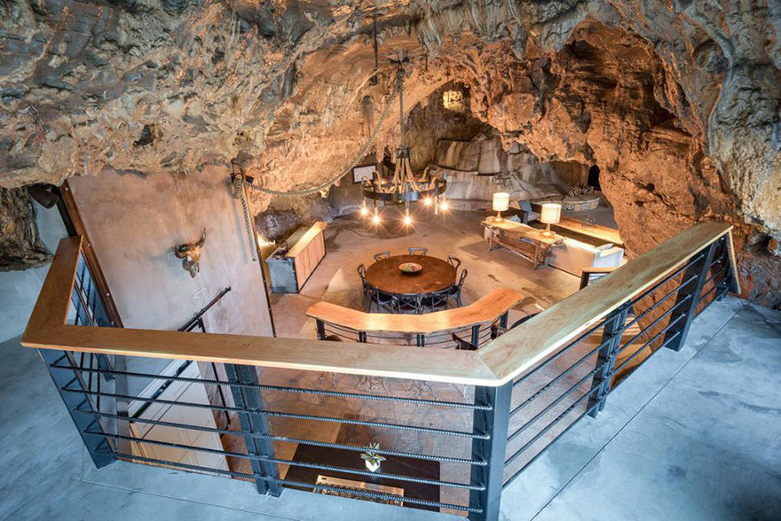 Someone Is Selling An Unbelievable Home Hidden Inside A Cave, And The Interior Is Even Better Than The Exterior
