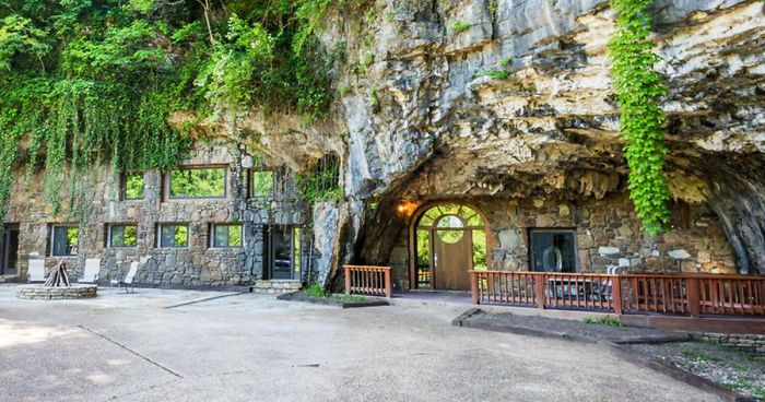 Someone Is Selling An Unbelievable Home Hidden Inside A Cave, And The Interior Is Even Better Than The Exterio