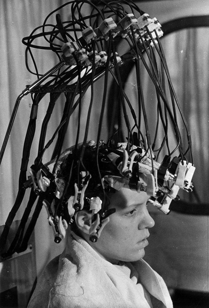 The Wave Machine, 1939