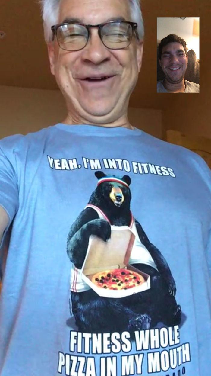 Mi padre se ha jubilado y ahora solo lleva camisetas chorras