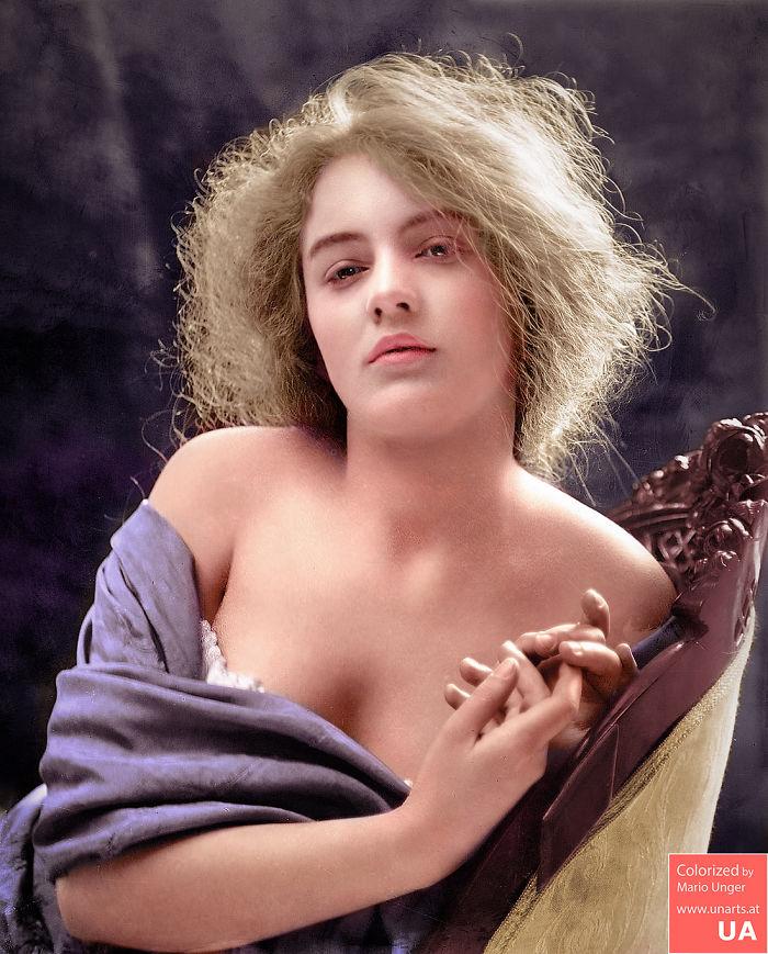 Evelyn Nesbit CA 1900