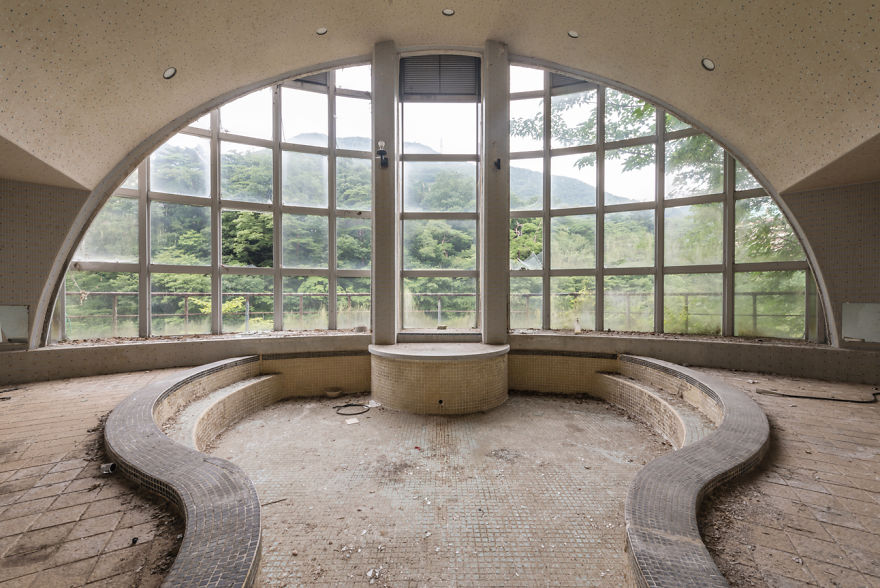 Abandoned Onsen In An Hotel