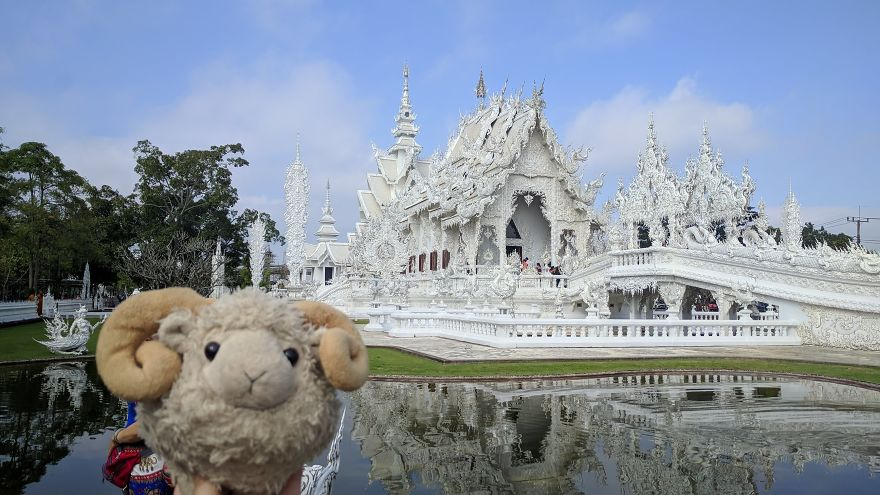 White Temple Near Chang Rai