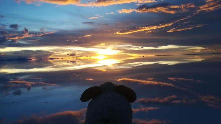 The Most Stunning Sunset Ever In Salar De Uyuni, Bolivia