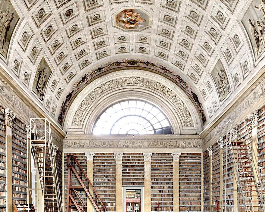 Palatina Library, Parma Italy