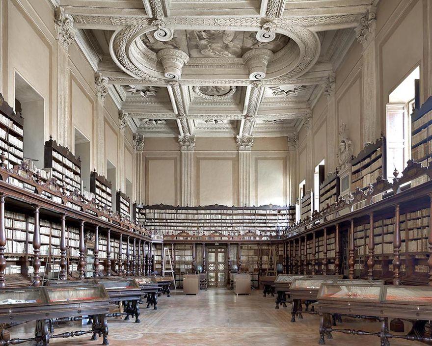 Vallicelliana Library, Rome, Italy