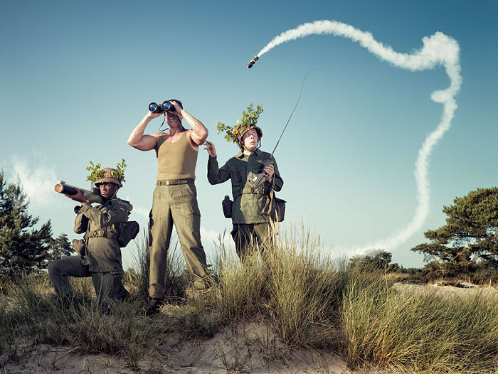 20+ Hilariously Clever Photographs From Award Winning Photographer Arthur Mebius