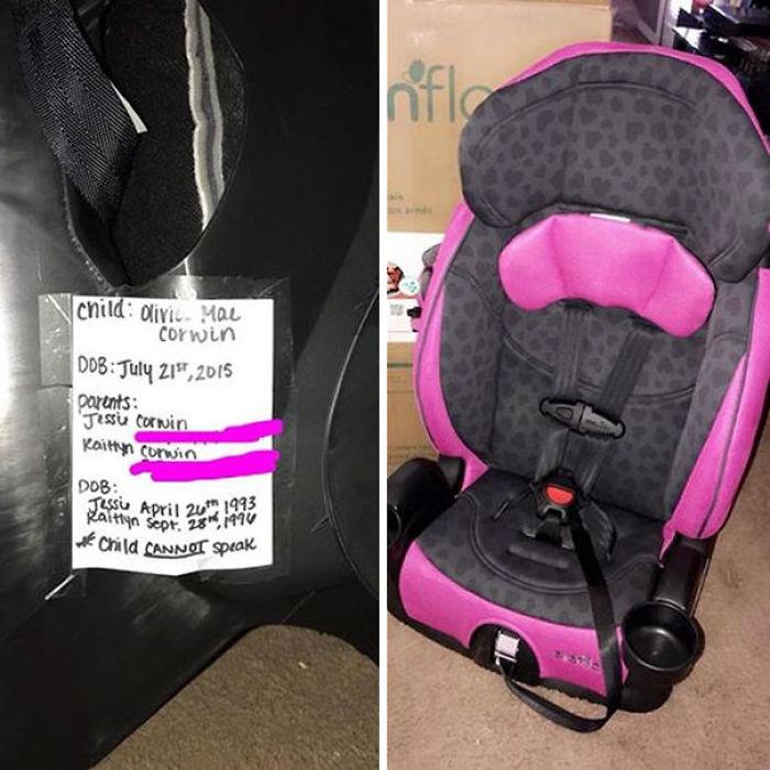 Escribe los datos y problemas médicos del bebé en la sillita del coche. En caso de accidente, si los padres están inconscientes, ayudará a los servicios de emergencia