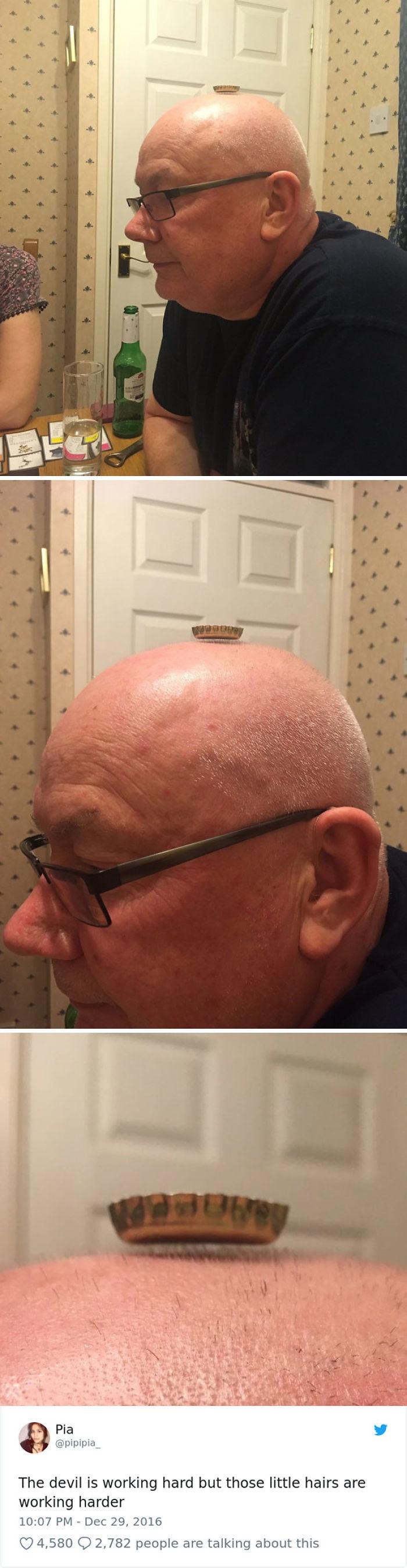 Papá demostrando que no ha perdido todo el pelo