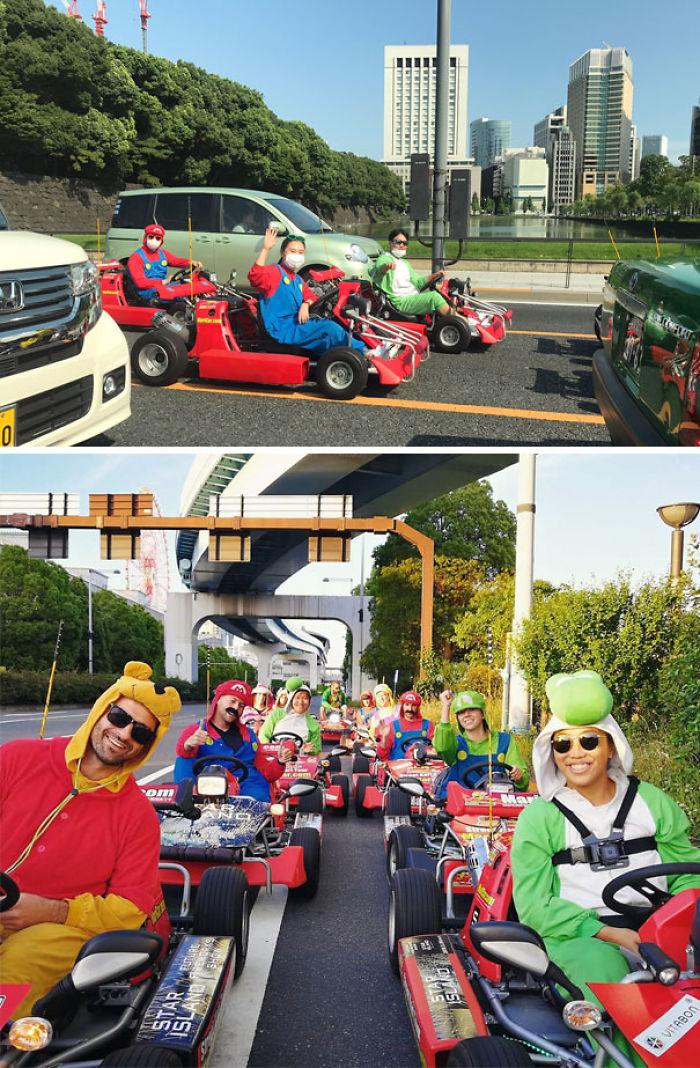 Un Kart De Mario De La Vida Real Corriendo En El Tráfico De Tokio