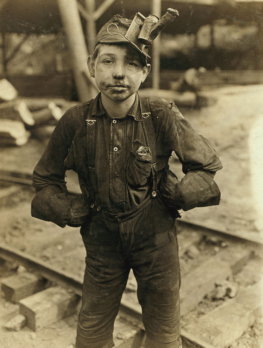 Tipple Boy, Turkey Knob Mine, Macdonald, W. Va. Witness E.n. Clopper. Location: Macdonald, West Virginia