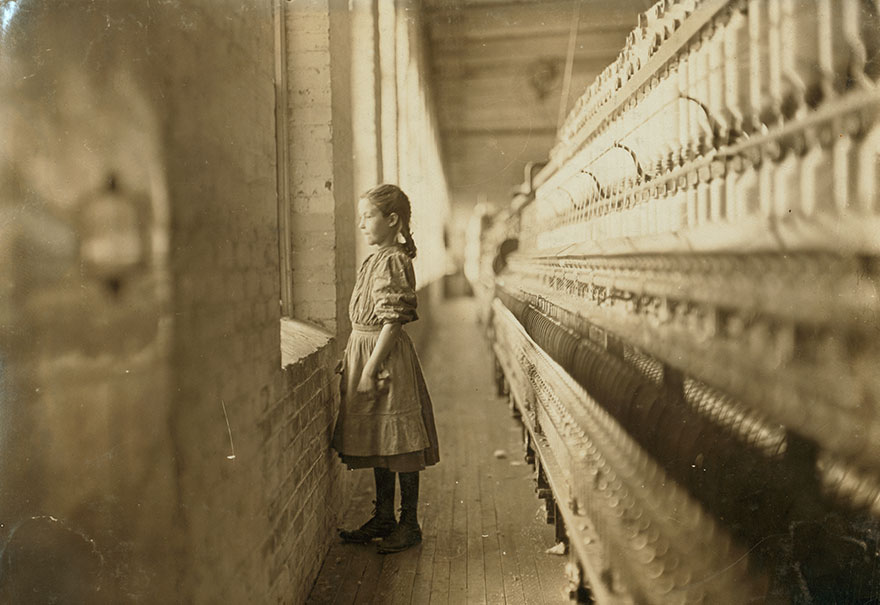 Rhodes Mfg. Co., Lincolnton, N.c. Spinner. A Moments Glimpse Of The Outer World Said She Was 10 Years Old. Been Working Over A Year. Location: Lincolnton, North Carolina
