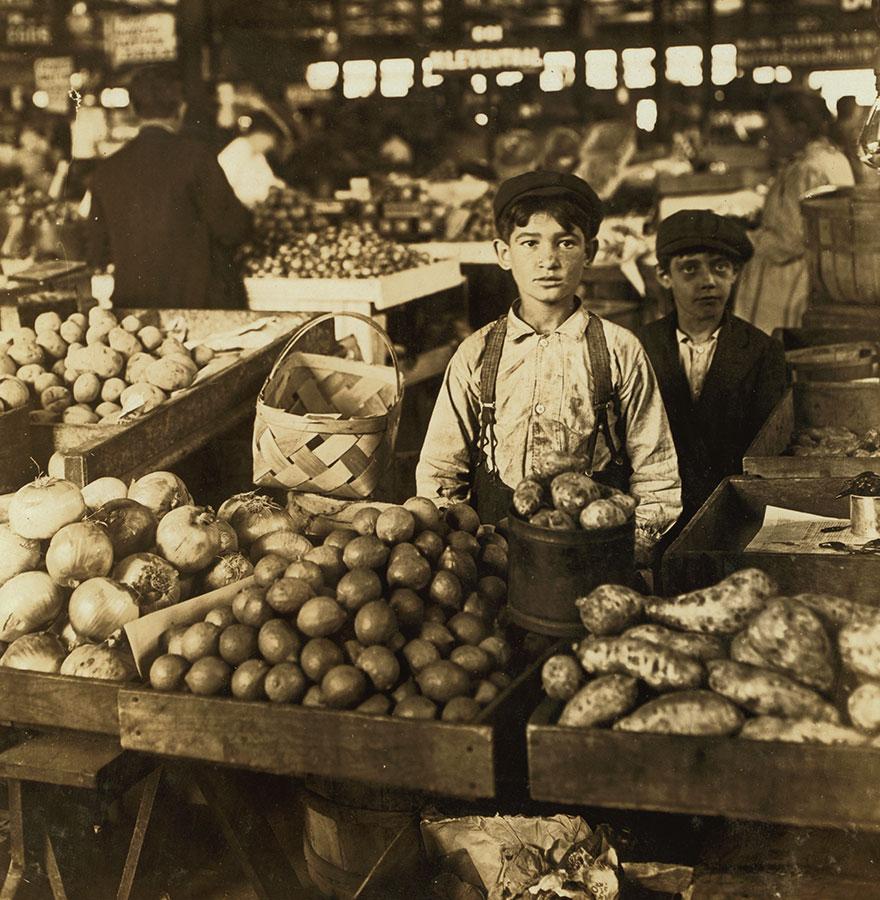 Fruit Vendors, Indianapolis Market, Aug., 1908. Wit., E. N. Clopper. Location: Indianapolis, Indiana