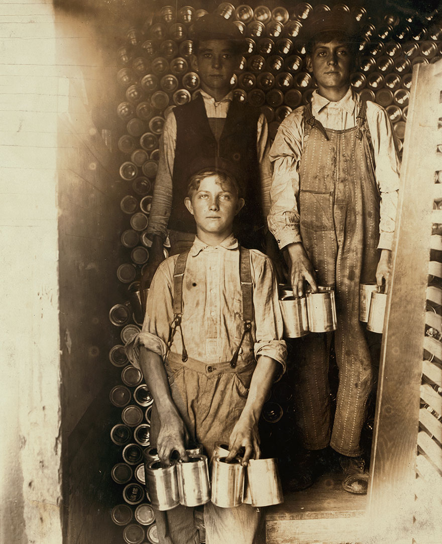 Boys Working In A Cannery, Indianapolis, Unloading Freight Cars Full Of New Tomato Cans. Location: Indianapolis, Indiana