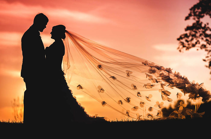 9 Reasons Why Eloping Is More Popular Than Ever!