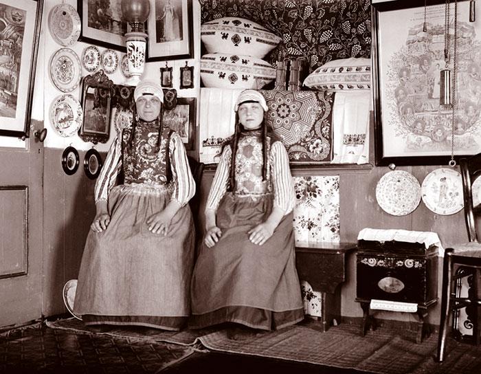 Girls In Cottage, Marken, Netherlands