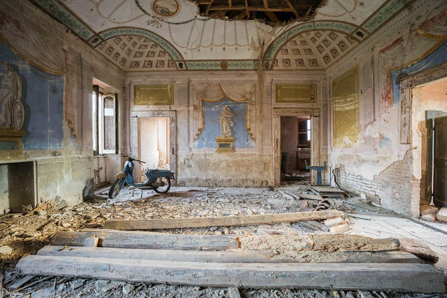 Abandoned House In Italy