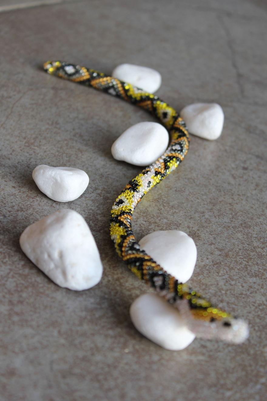 I Create Wearable Bead Crochet Art