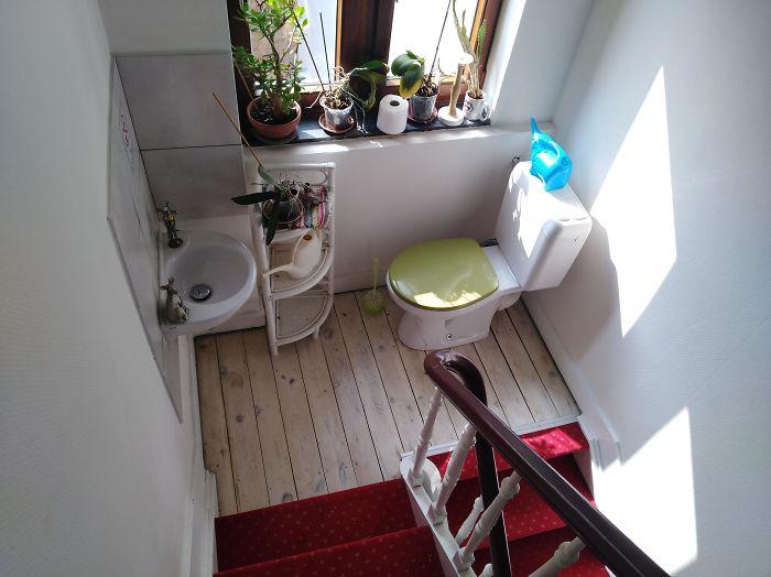 Este cuarto de baño en Airbnb parece muy incómodo...
